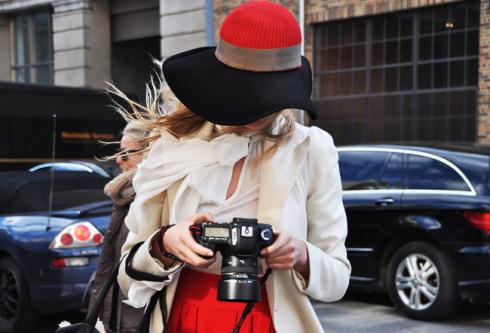 6 стильних способів носити шапку