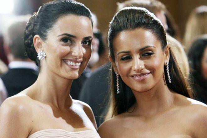 Щирі сестри: Пенелопа і Моніка Крус обіймалися на червоній доріжці (ФОТО)