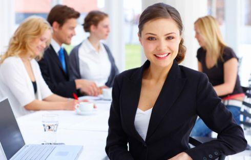 Топ-10 обов'язкових речей бізнес-леді для роботи