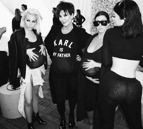 kim-kardashian-its-my-birthday-so-everybodys-gotta-be-fat-too-video_1.jpg (35.45 Kb)