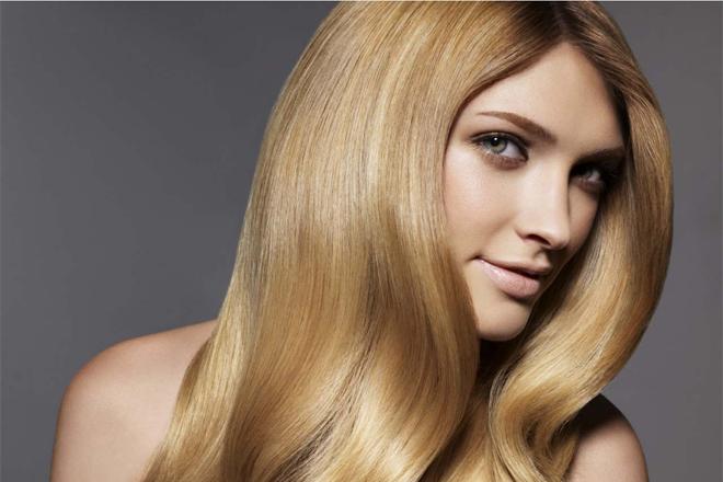 Як правильно доглядати за волоссям влітку?