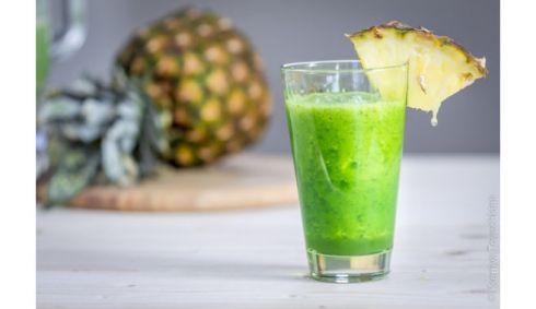 Очищуючий тропічний зелений коктейль: рецепт food-блогера