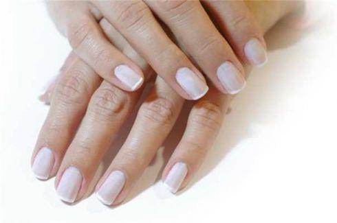 Як зробити нігті твердими