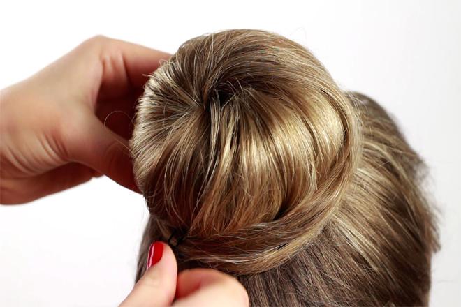 Як носити модну зачіску
