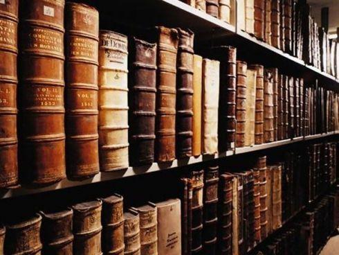 75 достойных книг