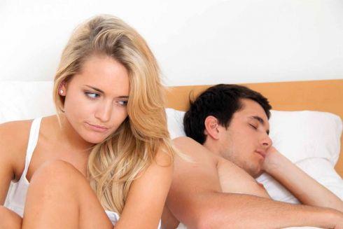 5 шкідливих звичок у ліжку