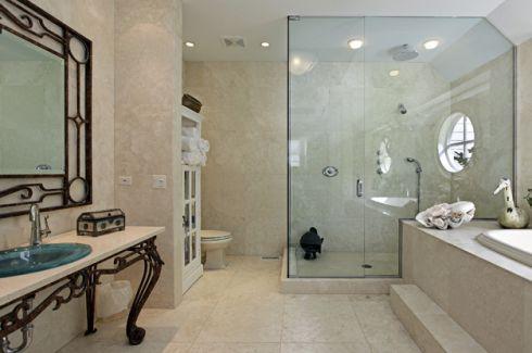 8 шокуючих помилок, які ти робиш у ванній кімнаті
