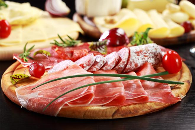 Як схуднути на сирі та ковбасі?