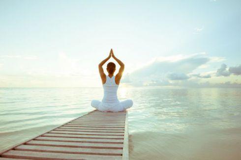 Заняття йогою позбавляє стресів
