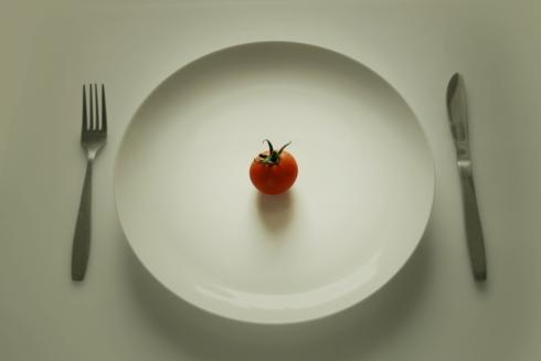 Вчені знайшли спосіб, як споживати менше калорій