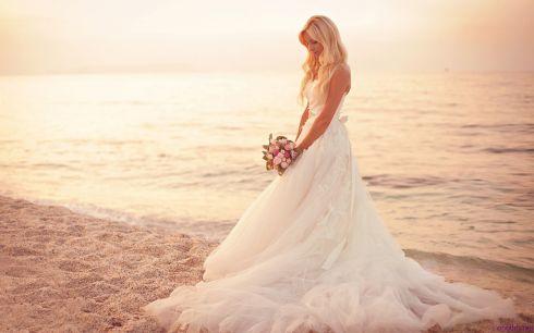 Як обрати весільну сукню по фігурі