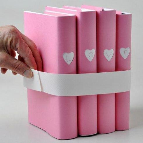 Чудова ідея, як оформити книги для подарунку