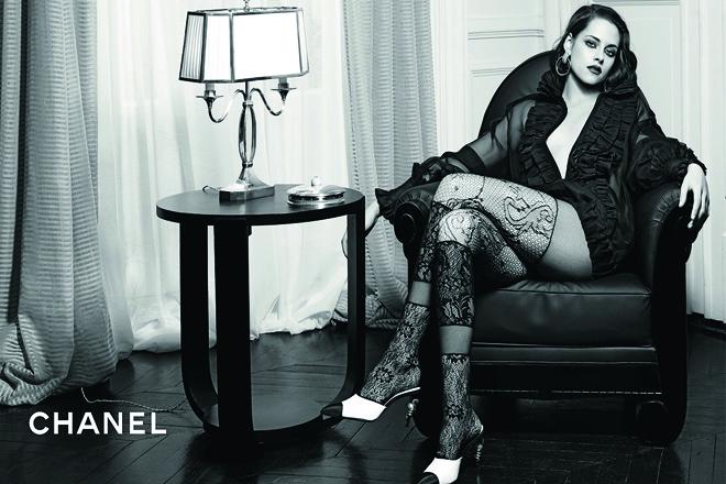 Спокуслива Крістен Стюарт в новому відео Chanel