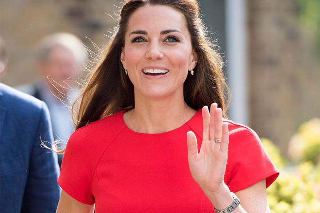Look дня: Кейт Міддлтон в маленькій червоній сукні [ФОТО]