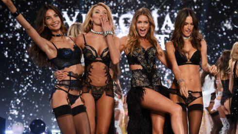 victorias-secret-fashion-show-angels-models-2015.jpg (37.7 Kb)