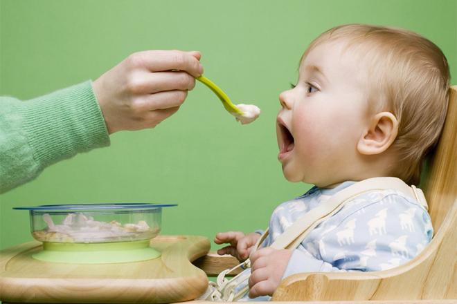 Все, что нужно знать о прикорме малыша