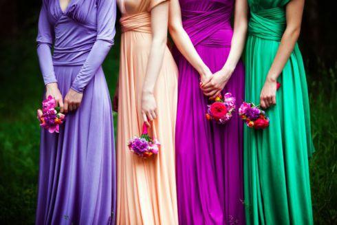 Весілля:які сукні вибрати для подружок нареченої [ФОТО]