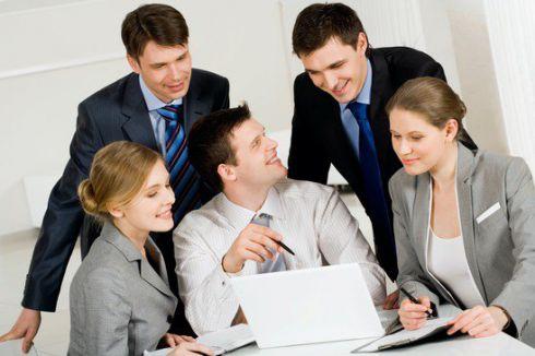 Новий колектив: 9 порад як налагодити стосунки з колегами